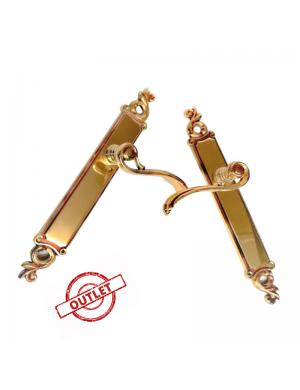 Manivela estrecha y elegante en latón de calidad con toque vintage.